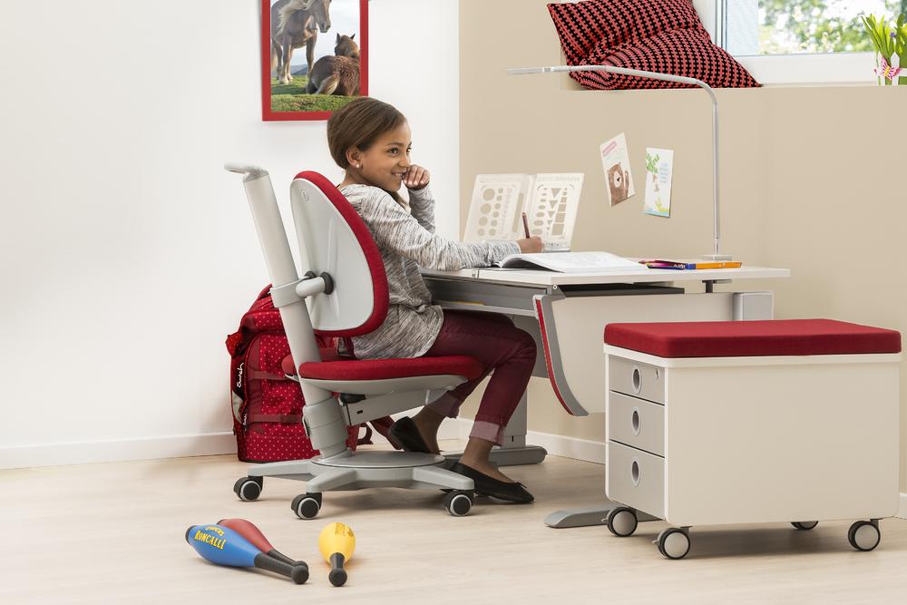 scrivania ergonomica joker di moll spaziojunior store. Black Bedroom Furniture Sets. Home Design Ideas
