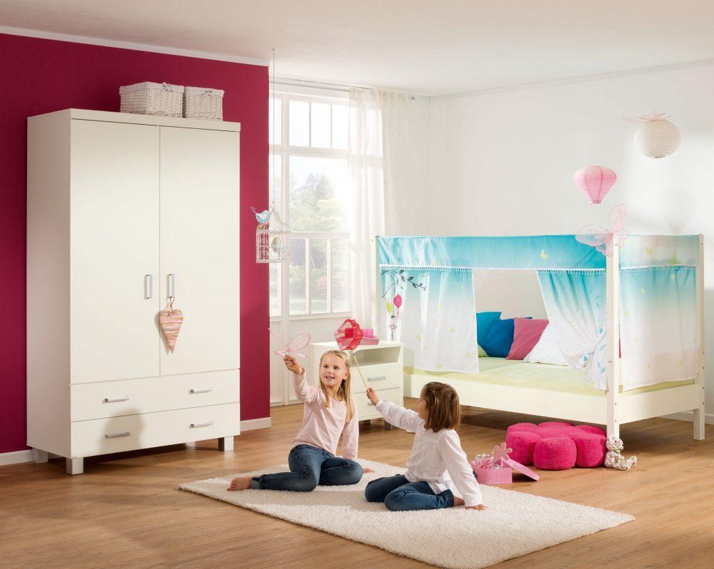 Cameretta per bambina mondo di fiaba spaziojunior store for Parete cameretta bambina
